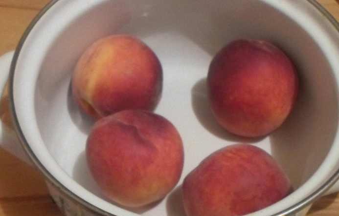 Рецепт Пюре из персика для грудничка