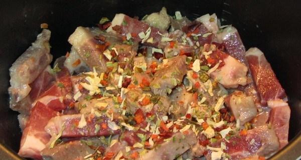 Рецепт Подливка из свинины в мультиварке
