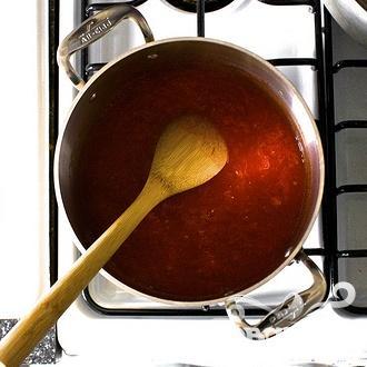 Спагетти с томатным соусом - фото шаг 2