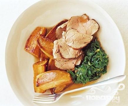 Свиная вырезка со сладким соусом