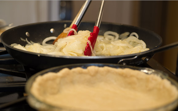 Рецепт Быстрый пирог с луком
