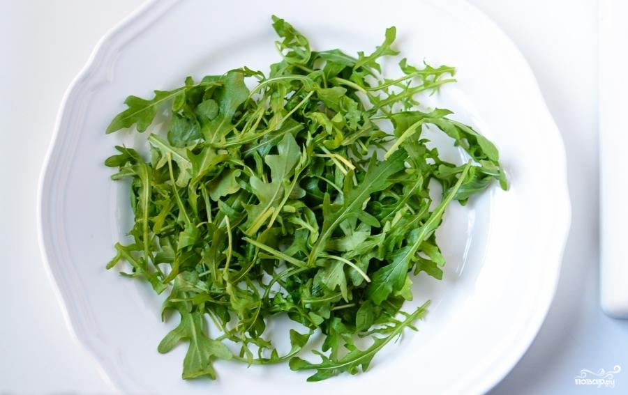 Салат с рукколой и лососем - фото шаг 1