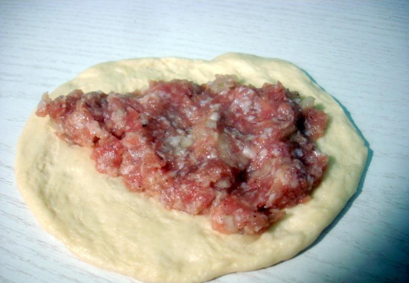 Пирожки с мясом на сковороде - фото шаг 5
