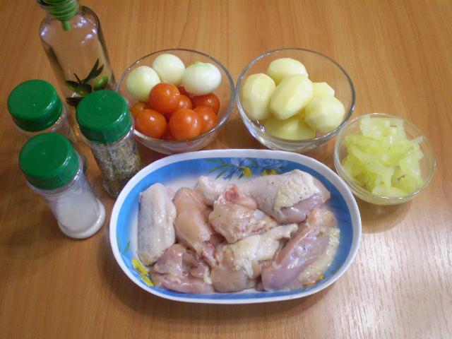 Рецепт Курица в духовке с овощами и картофелем