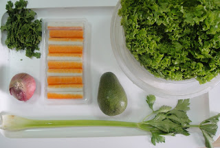 Рецепт Салат из авокадо и крабовых палочек