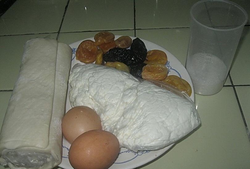 Рецепт Слоеные пирожки с творогом