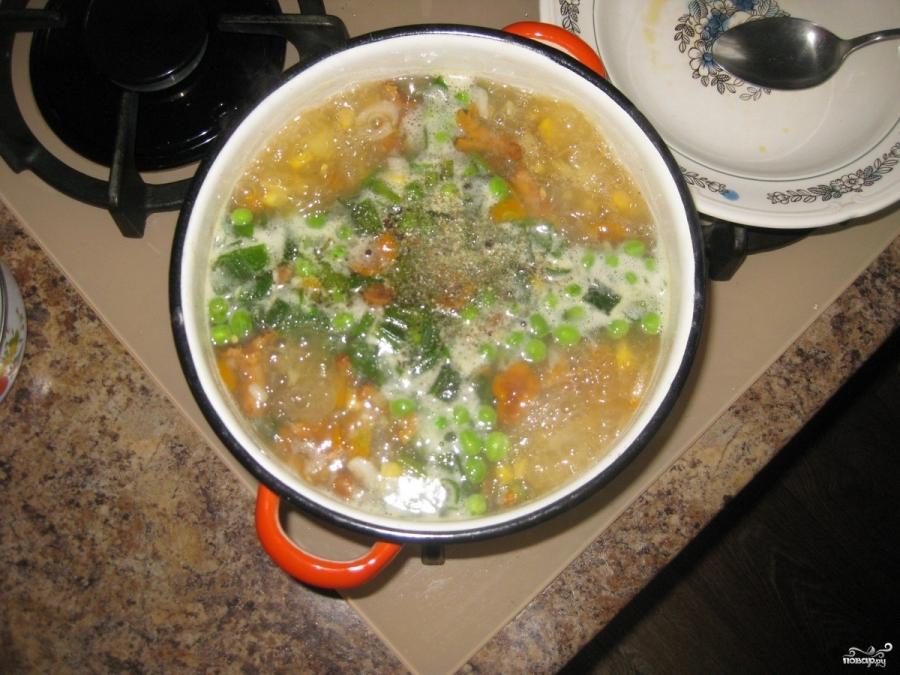 Суп грибной с лисичками - фото шаг 6
