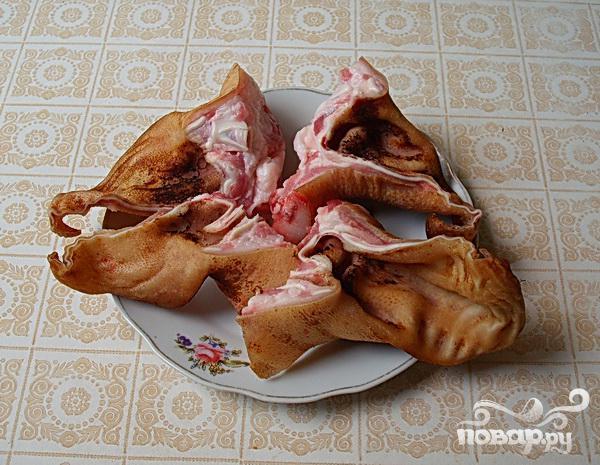 Свиные уши с фасолью по-деревенски - фото шаг 2
