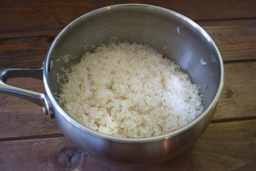 Рецепт Рис с курицей и ананасами