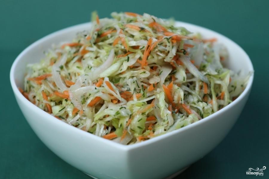 Салат из капусты с морковью - фото шаг 3