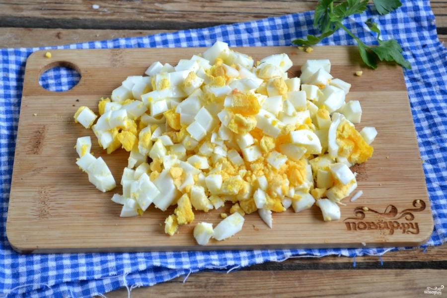 Вегетарианский салат с шампиньонами - фото шаг 5