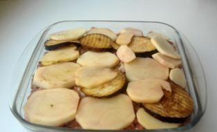 Запеканка из баклажанов и картофеля - фото шаг 4
