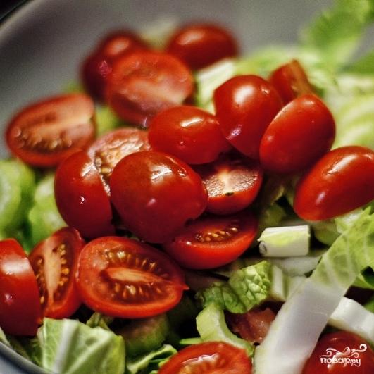 Свежий салат с семгой - фото шаг 5