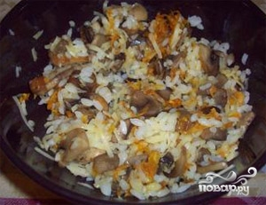 Фаршированные кальмары с грибами и рисом - фото шаг 3