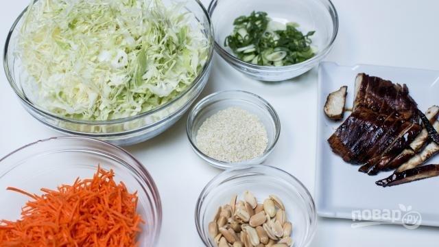 рецепт салат молодая капуста с филе курицы корейской моркови