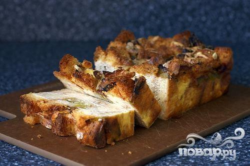 Пудинг из лука и хлеба