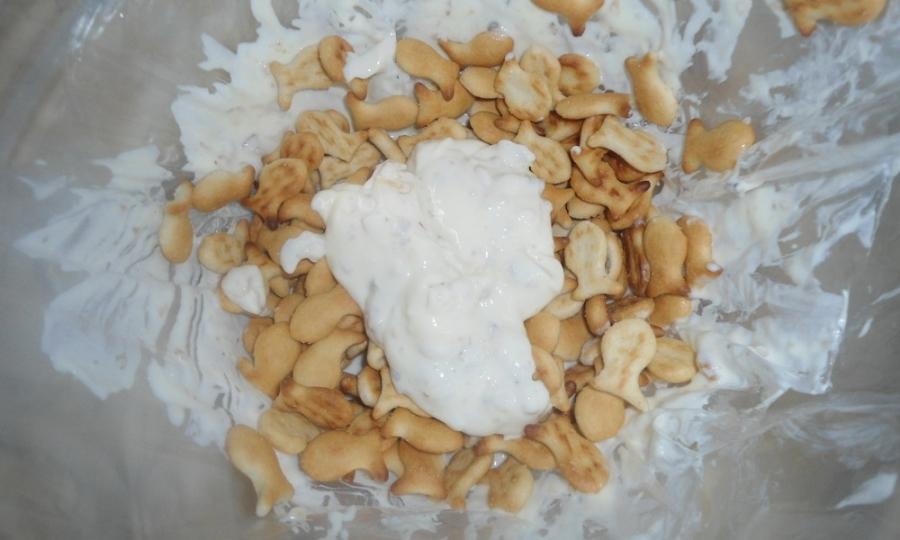 Торт из крекеров без выпечки - фото шаг 3