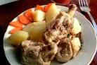 Утка, тушенная с картошкой