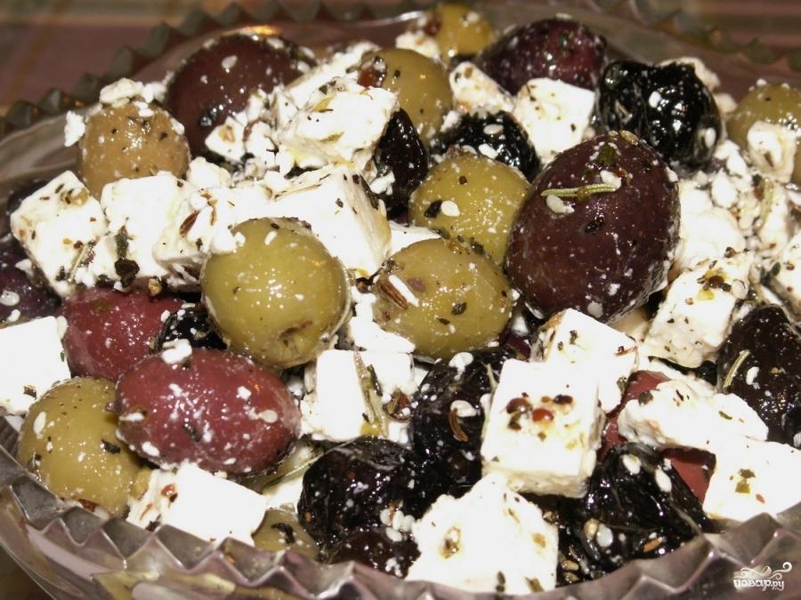 Салат с маслинами - фото шаг 4