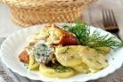Картофель с рыбой в мультиварке