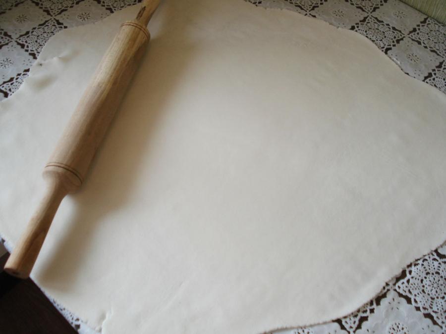 Бисквитный торт с мастикой - фото шаг 6