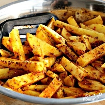 Жареный в духовке картофель со специями - фото шаг 6