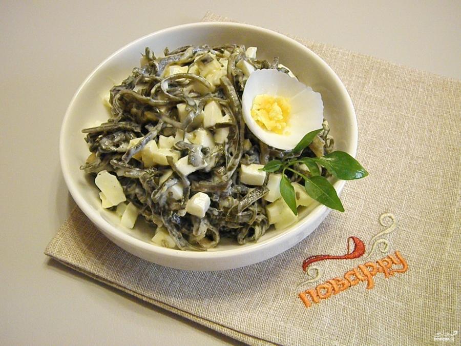 рецепт салат из капусты с яйцом и тунцом