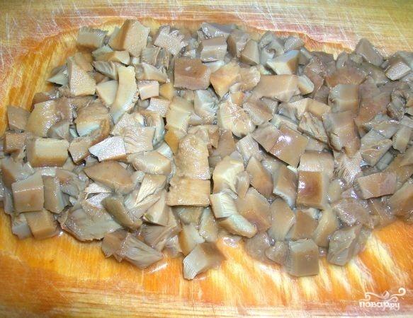 Салат по-деревенски с грибами - фото шаг 2