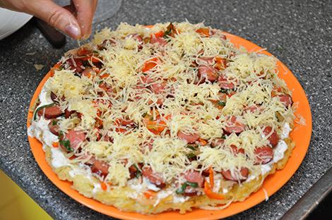 Пицца на сковороде с овощами - фото шаг 5