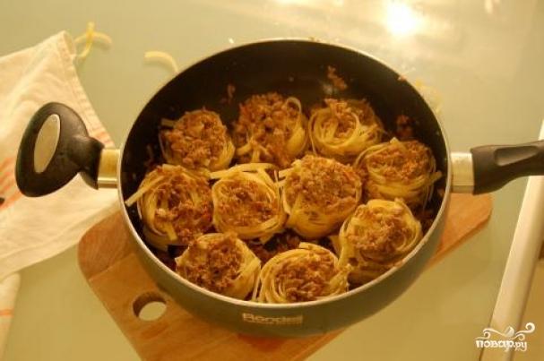 Макароны с фаршем на сковороде рецепт пошагово в домашних