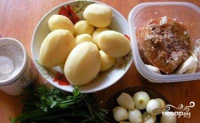 Рецепт Картошка с тушенкой в мультиварке