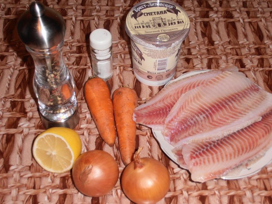 Рецепт Рыба, тушеная в сметане