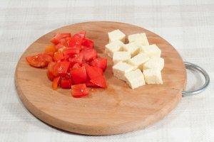 Салат с адыгейским сыром - фото шаг 5