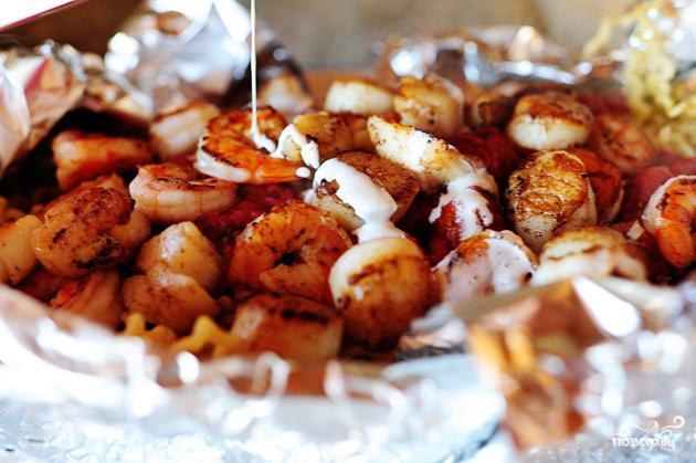 Паста с морепродуктами и помидорами - фото шаг 7