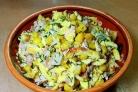 Салат с блинами и кукурузой