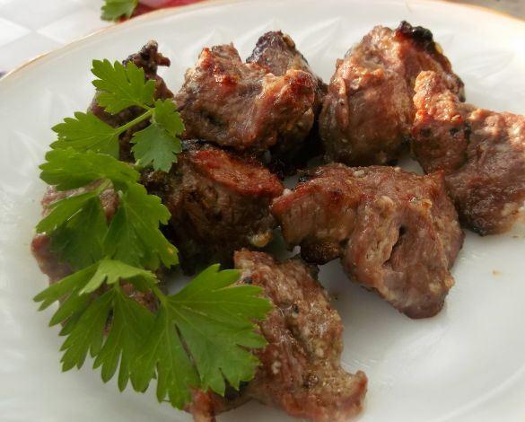 Шашлык из говядины на кефире - фото шаг 8