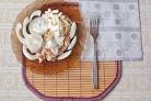 Белый салат с куриной грудкой
