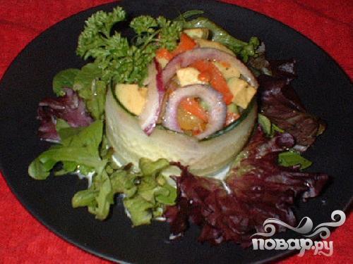 Крабовый салат с авокадо - фото шаг 5