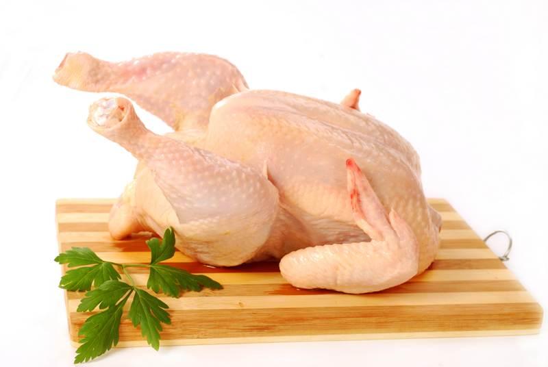 Курица с черносливом в духовке - фото шаг 1