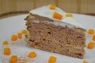 Печеночный торт с тыквой и творожным кремом