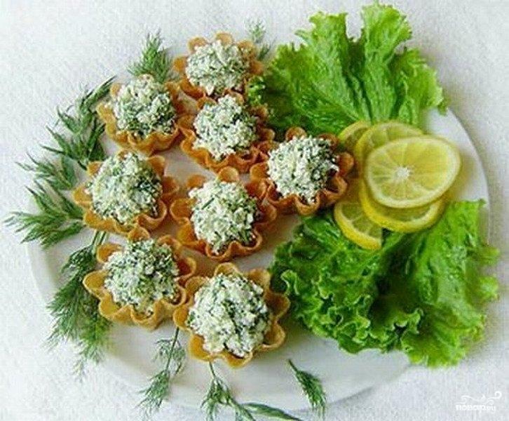 Салат из творога с чесноком - фото шаг 6