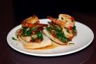 Острые бутерброды с креветками