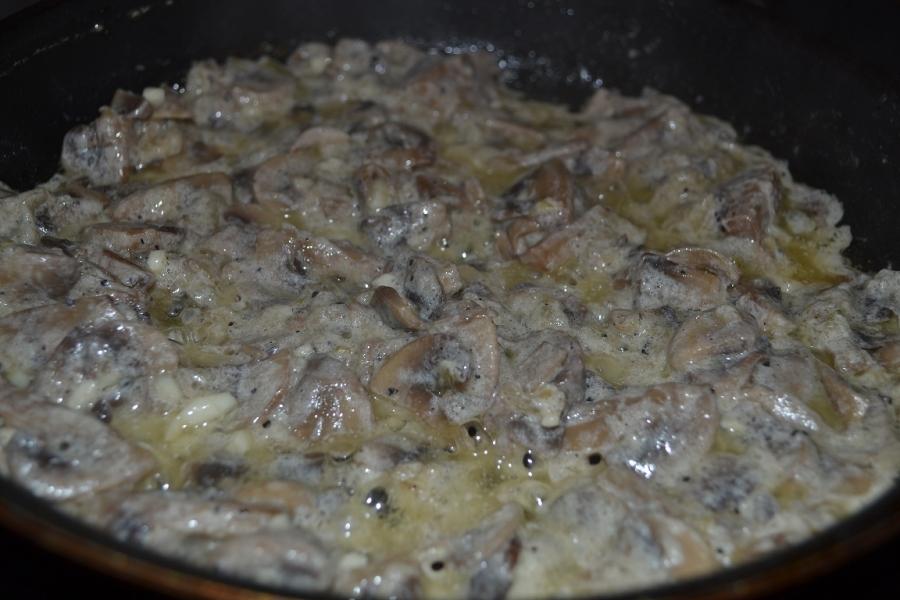 Грибное рагу с картофельными лепешками - фото шаг 5