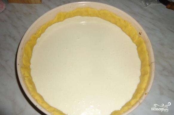 Вкусный пирог с вишней и творогом - фото шаг 11