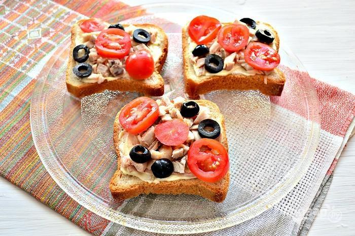 8. Добавьте их на бутерброд.