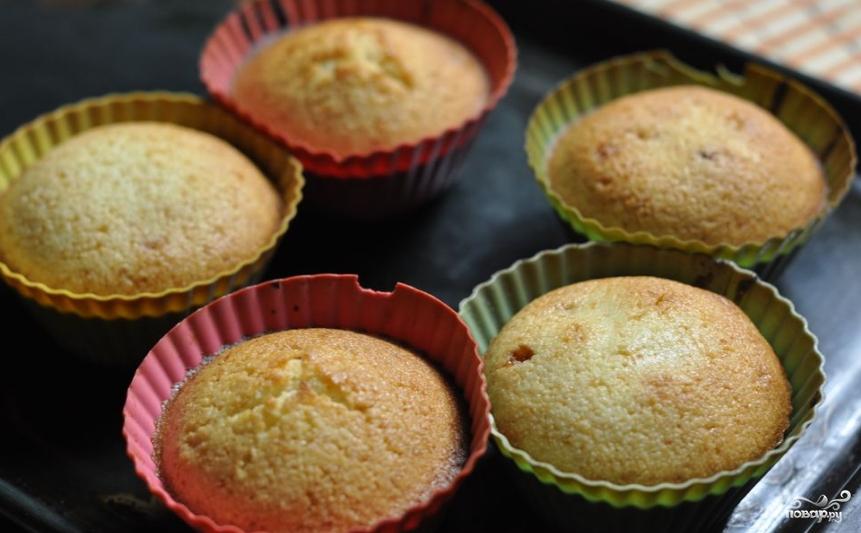 Кексы с начинкой - фото шаг 3