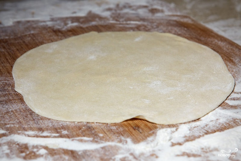 Заварное тесто для чебуреков с водкой - фото шаг 8