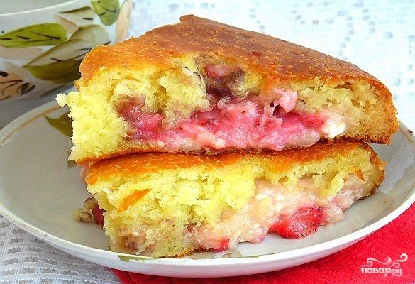 Творожно-клубничный пирог