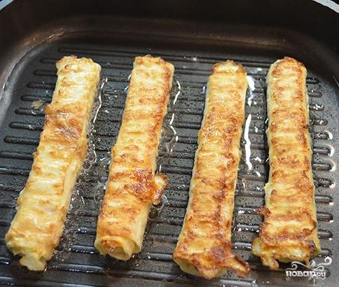 Лаваш с сыром обжаренный - фото шаг 4