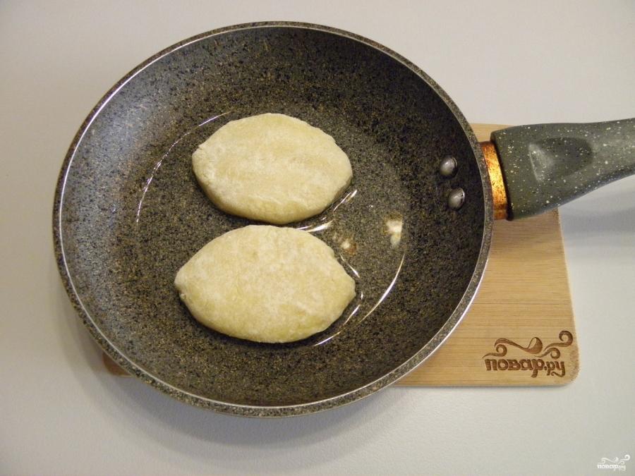 Картофельные пирожки - фото шаг 7